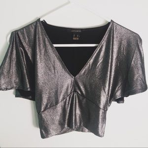 4/$20 Sirens Silver VNeck Cold Shoulder NYE Crop
